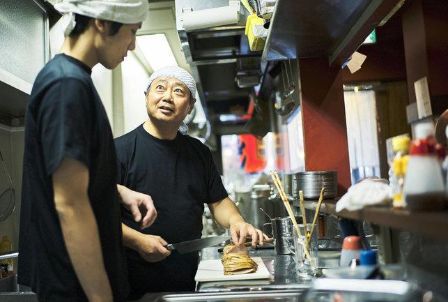 飲食店を相続するときの手続きとステップ。相続できる範囲やかかる税金はどれくらい?